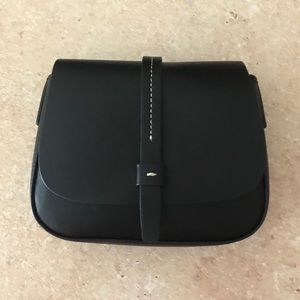 NWT GAP Crossbody Saddle Bag